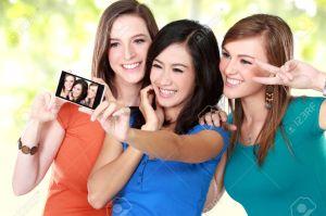 friends selfies